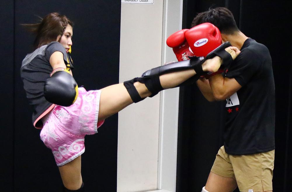 【REBELS】ぱんちゃん璃奈、実は凶暴で危ない!?「問題なく勝てる」=公開練習