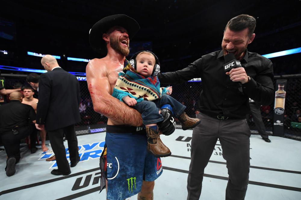 【UFC】セラーニがUFC最多勝利&最多ノックダウン奪取数を更新!「コナー・マクレガーが7月に戦いたいと言うのなら俺はいいぞ。7月4日、やろうぜ!」