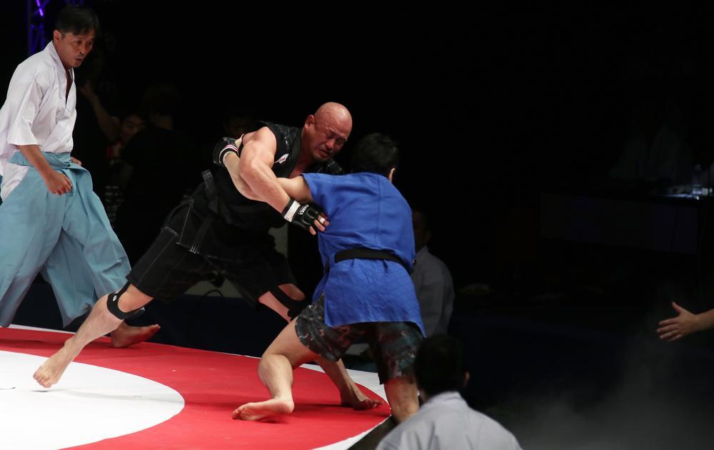 【巌流島】鈴川真一が相撲の強さを見せつけシビサイ頌真に一本勝ち、チェ・ホンマンはロッキー川村に完敗