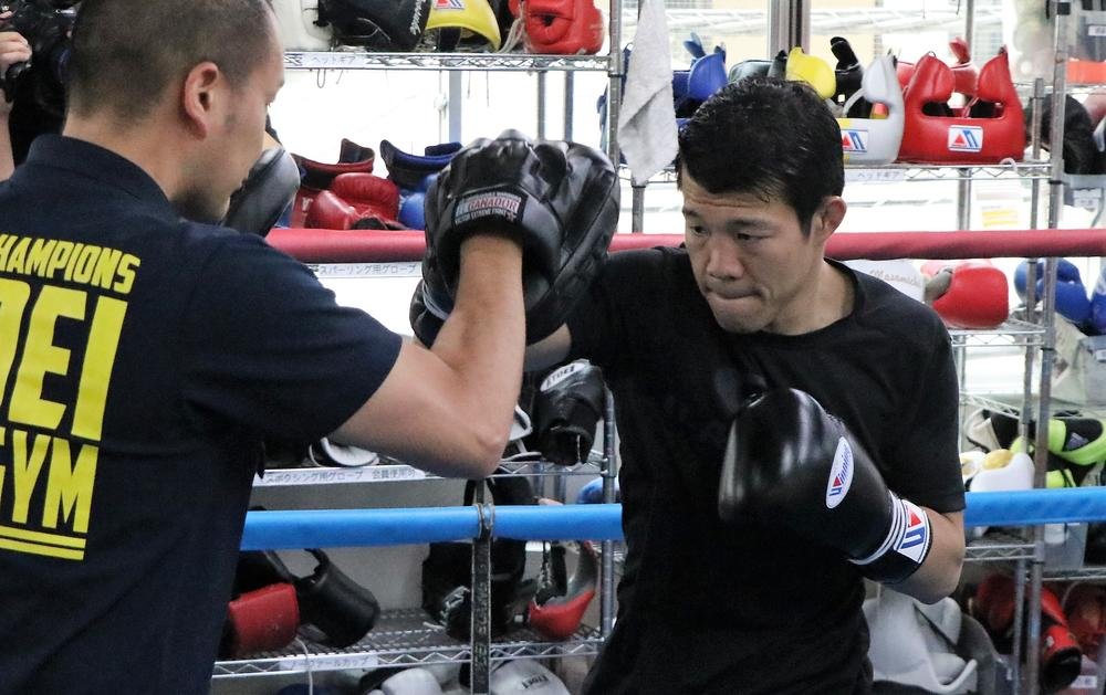 那須川天心戦へ向けて亀田興毅が公開練習「ベストコンディションに仕上げて天心君を葬り去りたい。KOを狙いますよ」