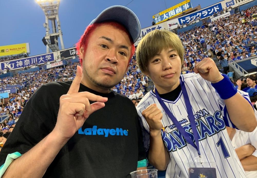 【RIZIN】浜崎朱加が初始球式「本番では真っ直ぐ投げられた」、BellatorでのRENAと堀口についても語る