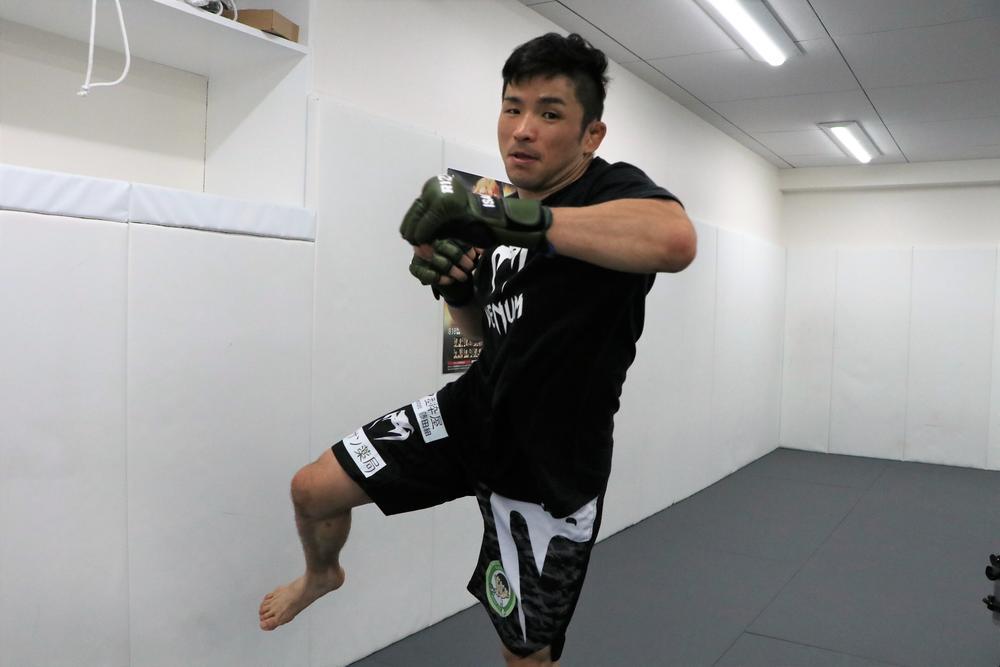 【RIZIN】元UFCの実力派トラッシュトーカーと対戦する越智晴雄「頭はクールに心はホットに戦います」
