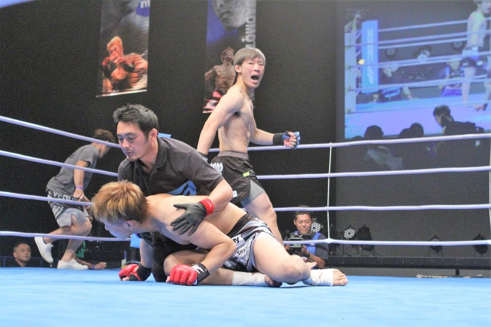 【ZST】ステージ4のがんから復活、本戦デビューTKO勝利の高須将大「次の目標は、チャンピオンになること」