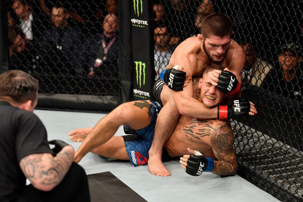 【UFC】28勝無敗ヌルマゴメドフがポイエーに一本勝ちでライト級統一王者に「かなりプレッシャーがあった」=「UFC 242」