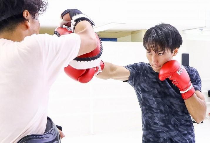 【K-1 KRUSH】レオナの「今回は潰しに行く」発言に王者・西京佑馬「逆に自分が潰しにいこうかなって感じですね」