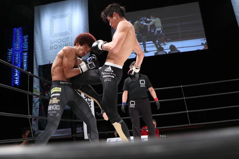 【シュートボクシング】海人がタフなベイノアに苦戦も勝利、RIZINへの参戦をアピール!町田光はバックドロップで2連勝、女神が女子ムエタイ戦士を圧倒KO