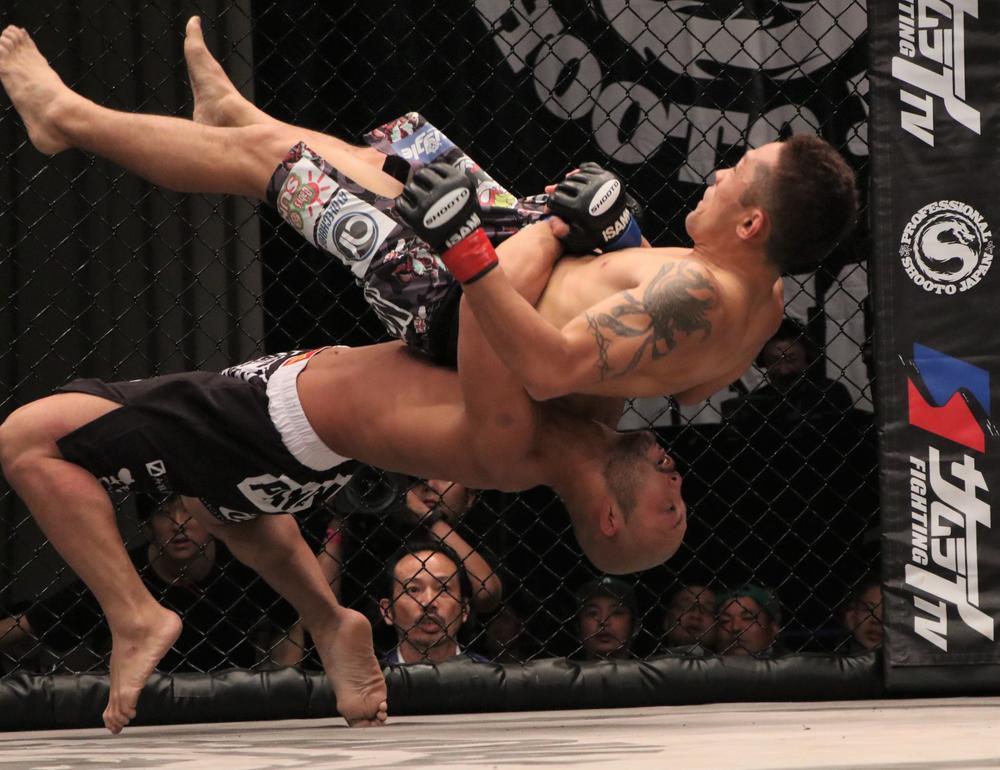 """【修斗】""""レスリングエリート""""倉本一真がバンタム級世界2位に浮上。元UFC手塚基伸がランクイン=12月度ランキング"""
