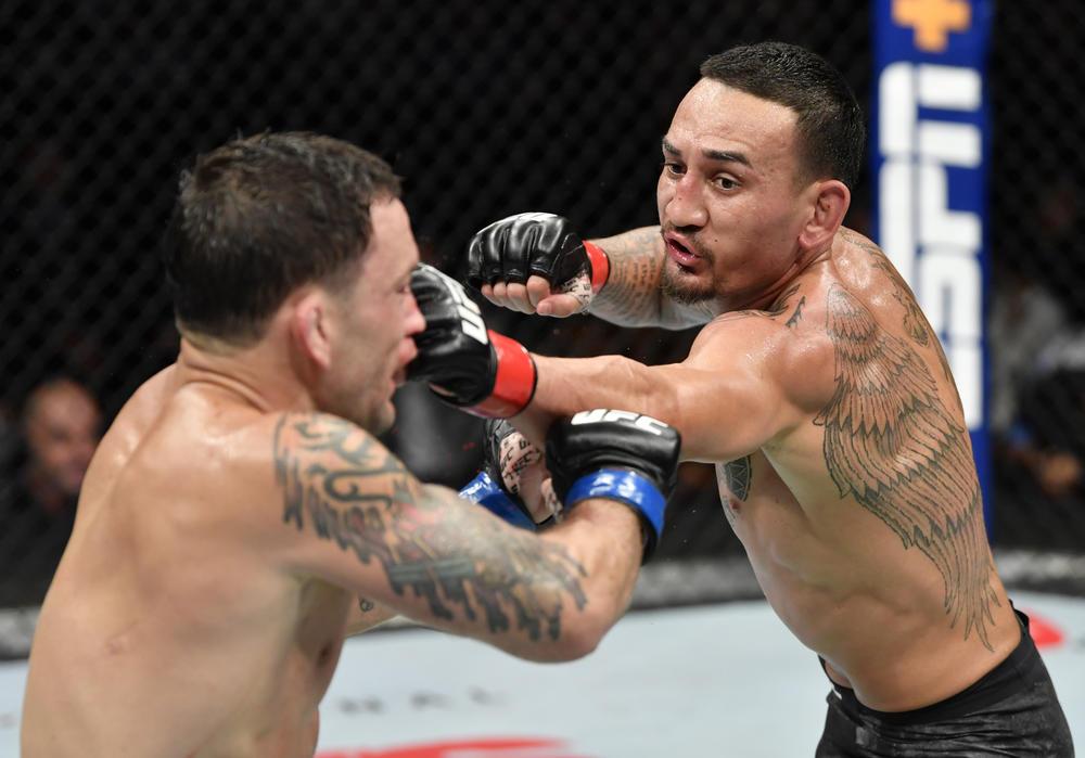 """【UFC】高阪剛「ホロウェイは""""オフバランス""""を活かせるか、ヴォルカノフスキーには追う者の強さがある。コヴィントンは""""理解ができない系""""」=12.14『UFC245』見所"""