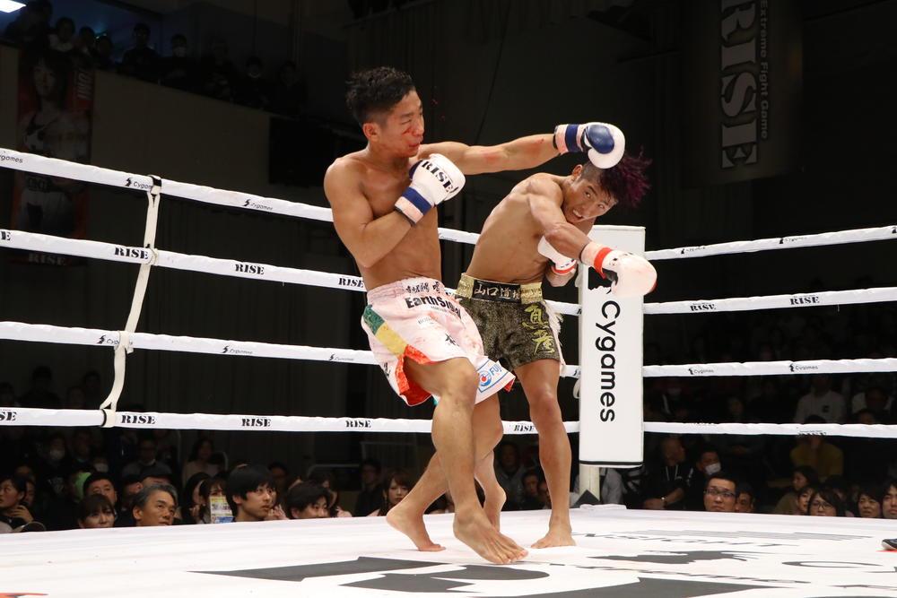 【RISE】鈴木真彦が圧倒的な攻撃力を発揮して良星をKO初V、原口健飛が初回KOで新王者になり白鳥大珠へ宣戦布告、トーナメント優勝は直樹