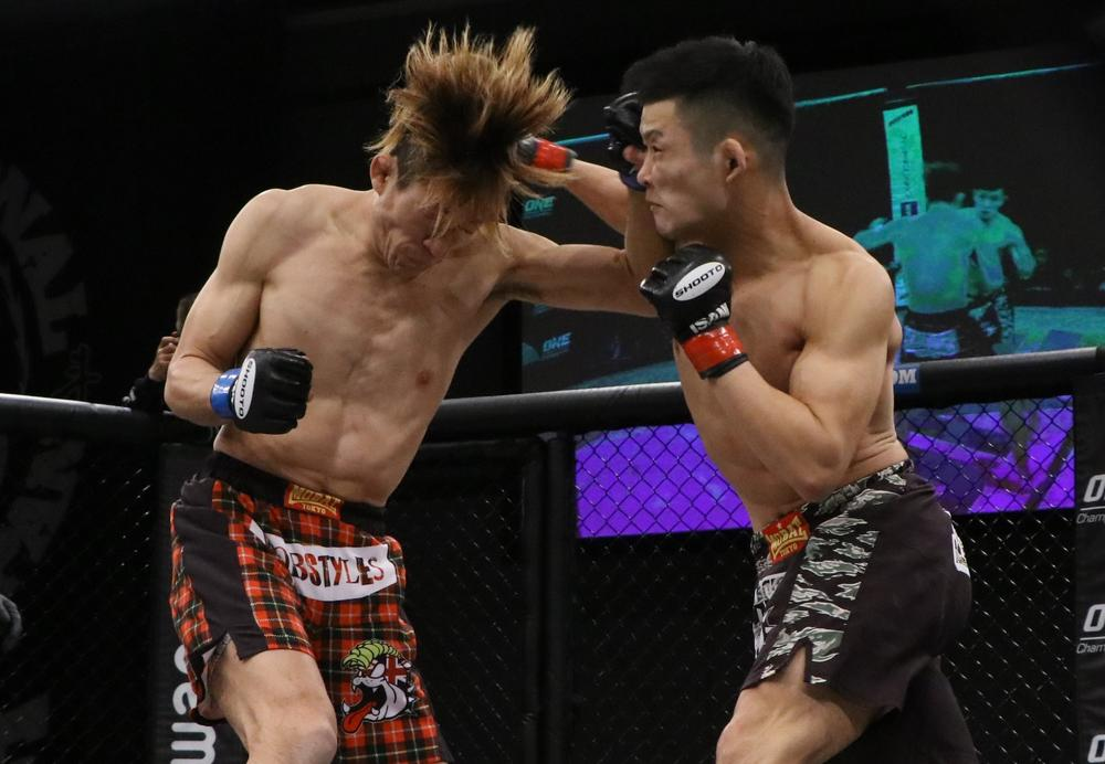 【修斗】青井人が初回TKO勝ちで連敗から脱出、インフィニティリーグ開幕戦は石井逸人が圧勝