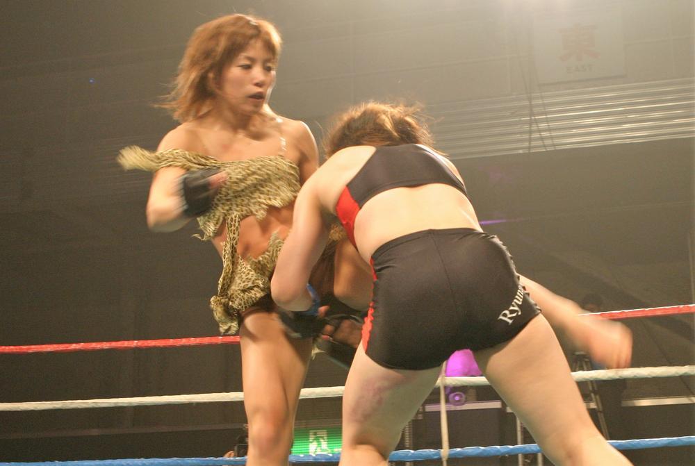 【2004年5月の格闘技】TBSのゴールデンタイムで放映された女子総合格闘技最強女王決定トーナメント