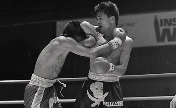 【1990年7月の格闘技】日本vsタイ対抗戦で次々と日本勢が敗れる中、立嶋篤史が殊勲のTKO勝ち