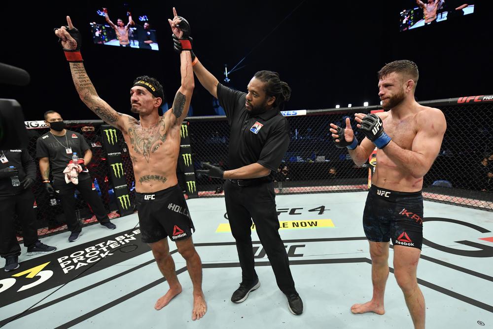 【UFC】記録ずくめのメインで大差勝利のホロウェイ「人は脳を一つしか持っていないんだ、セーブしないと」