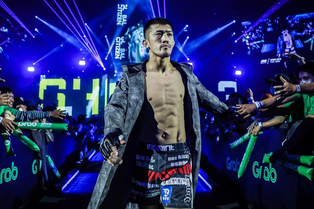 """【ONE】65kg日本人世界最高位・佐藤将光「腹の底では""""ふざけんなよ、なめんなよ""""と。日本の格闘技が世界的に下に見られている」=2月5日(金)"""