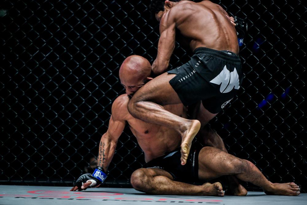 【ONE】北米に大反響のDJvs.モラエスのフィニッシュ、UFC王者スターリング「マイティマウスが大丈夫だといいけれど…」ヤンは「いいヒザ蹴りだった」