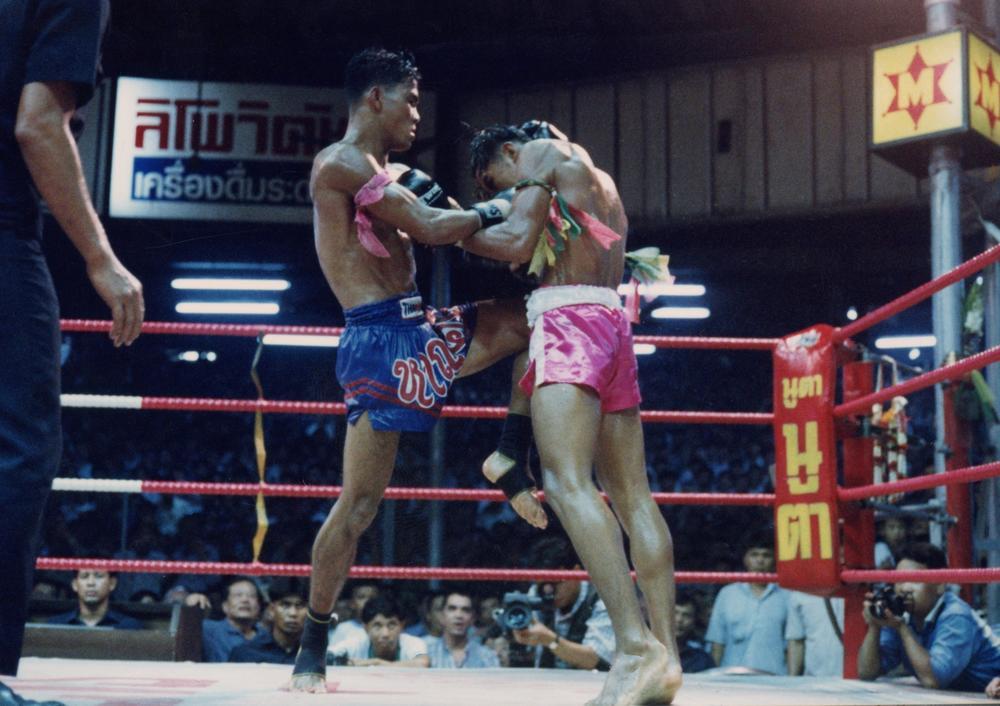 変わりゆくタイの国技ムエタイ――殿堂ルンピニーが3R制、女子&MMAの試合を導入、ギャンブル禁止を発表