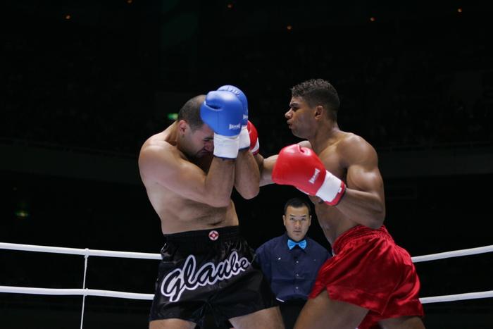 2004年5月の格闘技】グラウベ・フェイトーザが若き日のアリスター ...